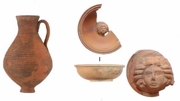 Algunos de los artefactos de cerámica encontrados en la necrópolis de Crimea escita. (Instituto Ruso de Arqueología RAS)