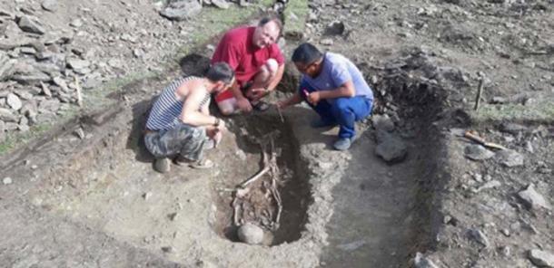 Artur Kharinsky y sus colegas encontraron la tumba en el norte de Mongolia, cerca de la frontera rusa. (Artur Kharinsky / Los tiempos siberianos)
