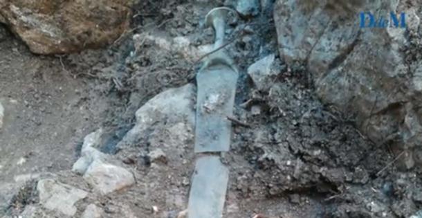 Aunque rota, la espada estaba en muy buen estado de conservación. (Imagen: Diario de Mallorca)