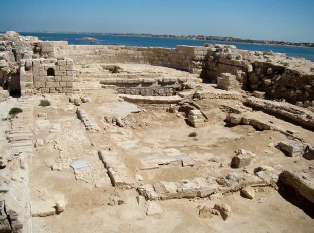 Ruinas de la basílica antigua en Marea (CC by SA 2.0)
