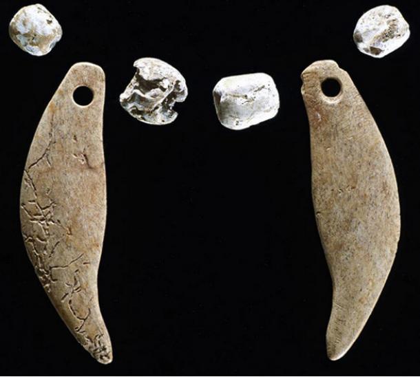 Los antiguos indios americanos sepultaron estos pendientes hechos de hueso y cuentas de conchas junto con el lince.