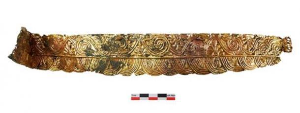 El entierro del Amazonas con un tocado de metal precioso que data de la segunda mitad del siglo IV a. C. fue encontrado por el personal de la Expedición Don de IA RAS durante el examen del Cementerio Devitsa V del Óblast de Vorónezh. (Imagen: archaeolog.ru)