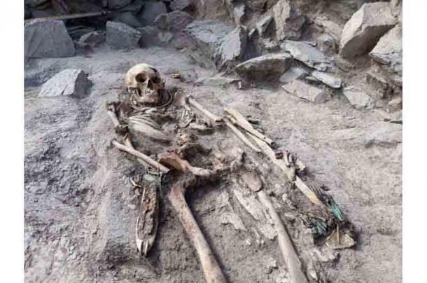 Restos de entierro de la necrópolis de Eleke Sazy en el este de Kazajstán. (Zainolla Samashev / PHYS)