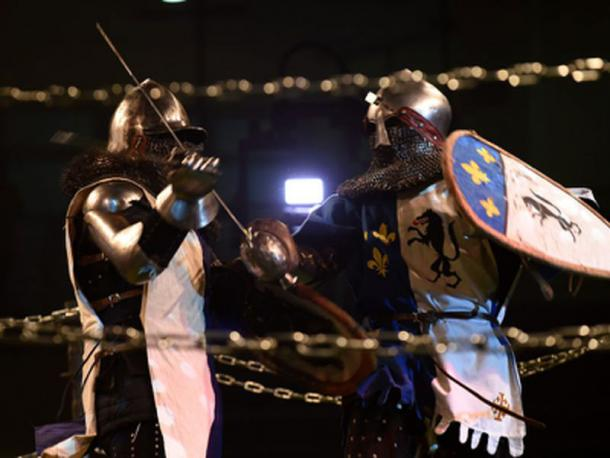 Caballeros luchando durante un campeonato de combate medieval. (Gili Yaari/ Fair Use)