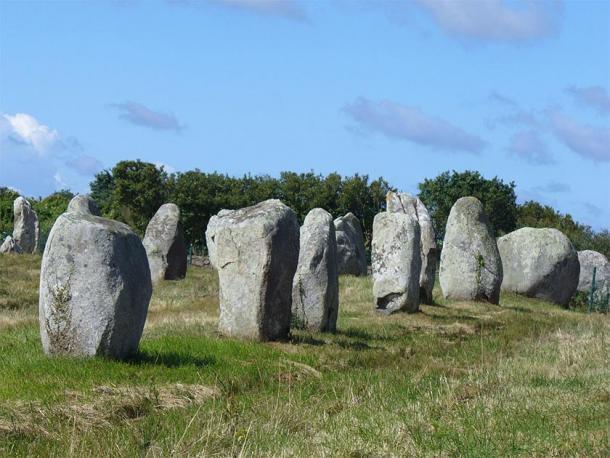 Las piedras de Carnac en Bretaña. (Steffenheilfort / CC BY-SA 3.0)