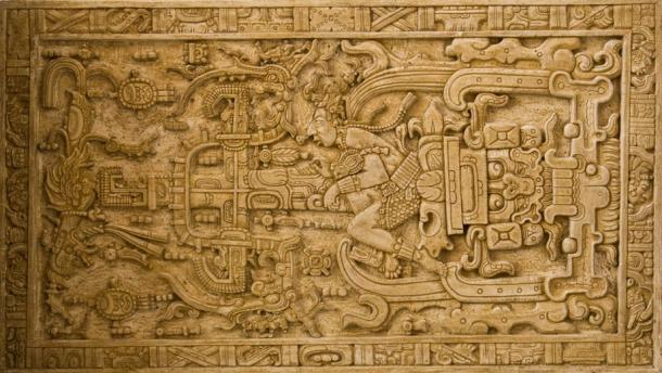 El complejo tallado encontrado en la tapa del sarcófago de Pakal
