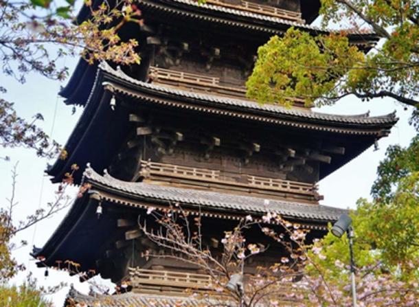 Vista del complejo Toji que muestra la pagoda Toji. (Kakidai / CC BY-SA 4.0)