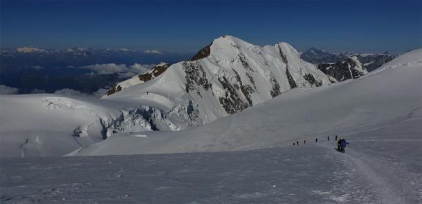 Las montañas Colle Gnifetti donde se encuentra el glaciar alpino. (Erik de Haan / CC BY-NC 2.0)