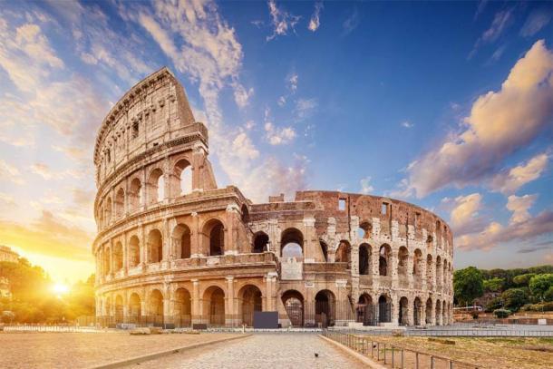 El Coliseo es uno de los ejemplos más famosos de la gran ingeniería romana. (phant / Adobe Stock)