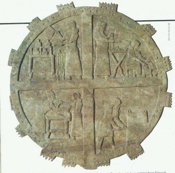 Cocineros trabajando en las cocinas reales. Alivio del palacio de Ashurbanipal en Nínive, siglo VII a.C. (Biblioteca de la Universidad de Yale)
