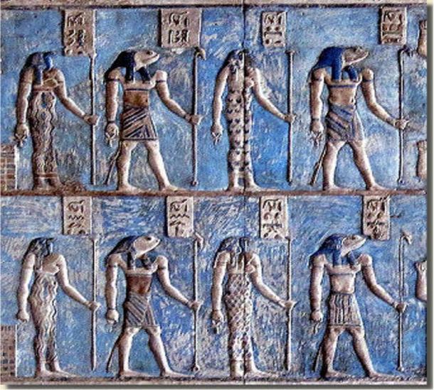Detalle, relieve en el templo de Hathor en Dendera que muestra las cuatro parejas de la Ogdóada de Hermópolis.