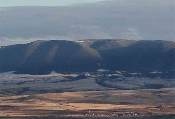 Según la tribu Cuervo, las Montañas Pryor de Montana fueron y siguen siendo el hogar de una pequeña subespecie humana. (Sara goth / CC BY-SA 3.0)