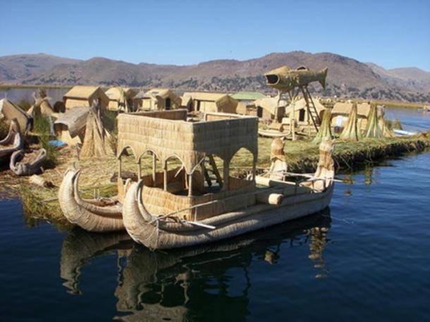 Cuadro de un barco de lámina en las islas flotantes, en el lago Titicaca. (Dominio publico)