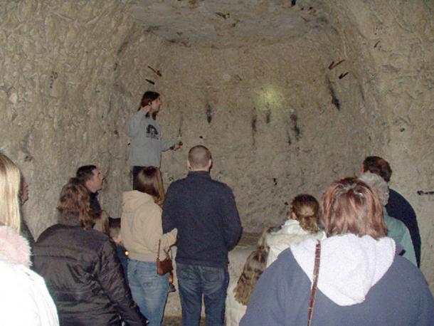 Cuevas de Chislehurst como una atracción turística. (Facturador / CC BY-SA 2.0)