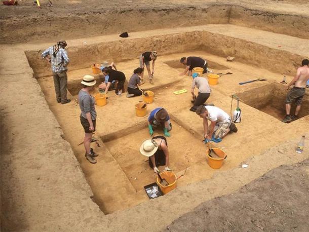 El sitio de excavación en Jersey donde se encontraron las losas de piedra magdalenienses. (Museo de Historia Natural)