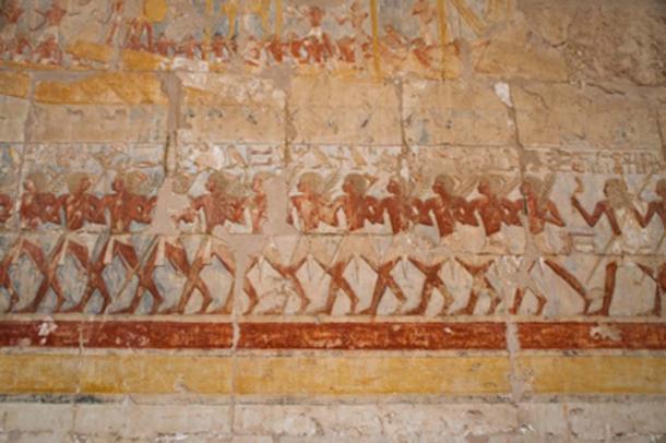 Bajorrelieves egipcios bordean el camino a la otra vida. (Zai Aragon / Adobe Stock)