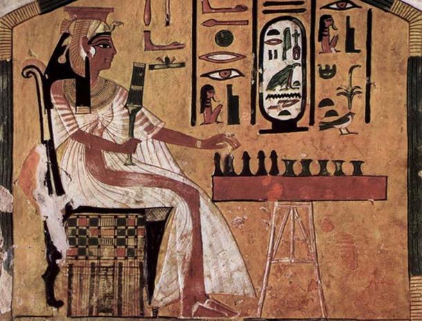 El juego egipcio Senet. (Dominio publico)