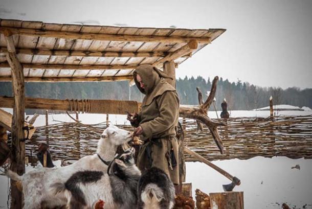 El ermitaño ruso Pavel Sapozhnikov. Fuente: Homestead Basics