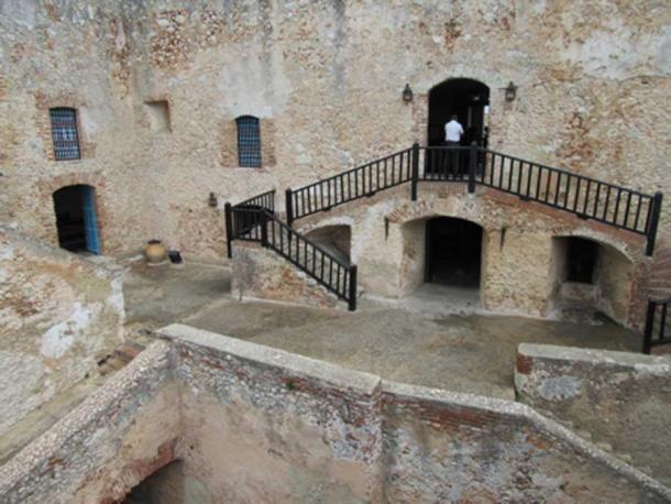 El laberinto de niveles dentro de la fortaleza (Martin / CC BY ND 2.0)