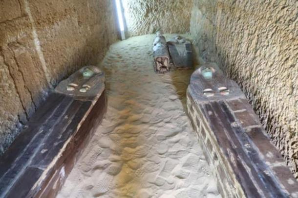 Entierros en el cementerio de la meseta de Giza. (Ministerio de Antigüedades)