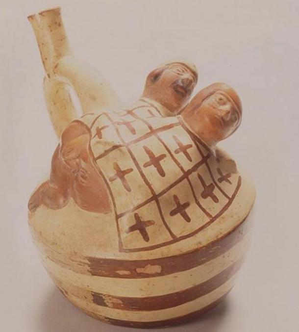 escenas-sexuale-en-ceramicas Moche.jpg