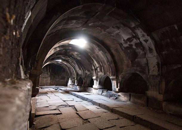 Este hotel fue construido en 1332 por Chesar Orbelian en el reinado de Khan Abu Said II y forma parte de la antigua Ruta de la Seda. (CC BY-SA 2.0)