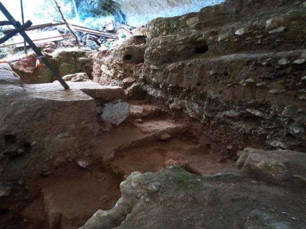 Excavación de Abri du Maras. (Crédito: M-H. Moncel)