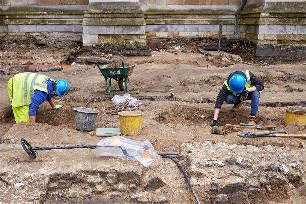 La arqueología previa a la construcción ha estado excavando el sitio de la Gran Sacristía en la Abadía de Westminster antes de la construcción de nuevas instalaciones de seguridad y venta de entradas. (Imagen: Abadía de Westminster)