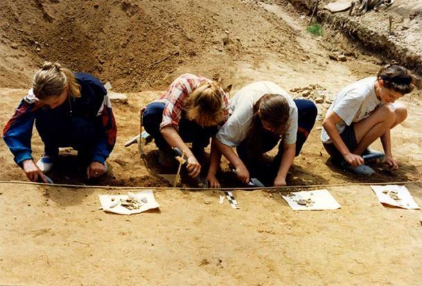 Excavaciones en el sitio Goncharka-1. Imagen: Oksana Yanshina