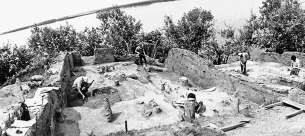 Excavaciones del asentamiento de Gasya en 1980. (Imagen: Vitaly Medvedev / The Siberian Reporter)