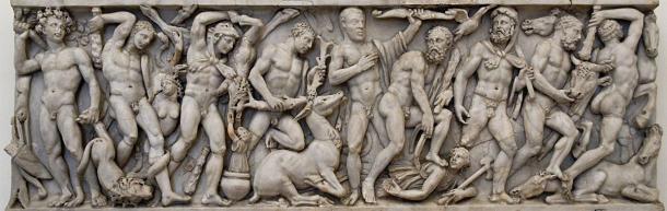 Friso del panel frontal de un sarcófago con los trabajos de Hércules. (Museo nazionale romano di palazzo Altemps / Dominio público)