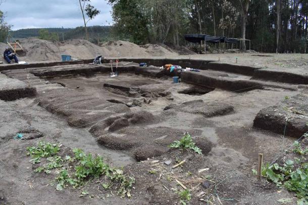 El antiguo sitio Inca durante las excavaciones. (EFE / Byron Ortiz / Proyecto Arqueológico Mulalo - Salatilin)
