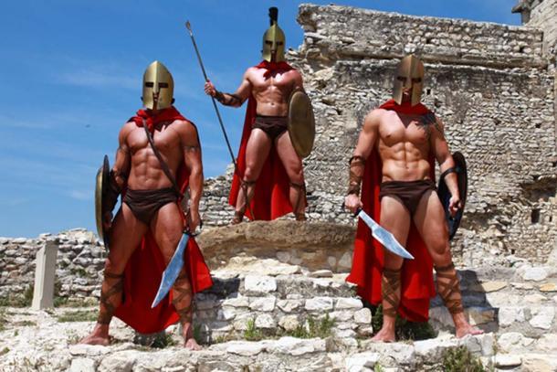 Guerreros espartanos participando en los juegos. (Daylight Photo / Adobe)