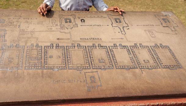 Patrimonio arqueológico de la India, plan de las ruinas de la universidad de Nalanda. (Dymov/ Adobe Stock)