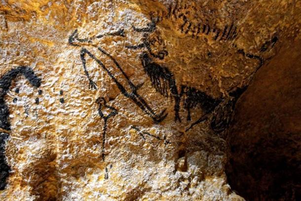 Hombre y pájaro en las proximidades de la cueva de Lascaux. (CC BY-NC-ND 2.0)