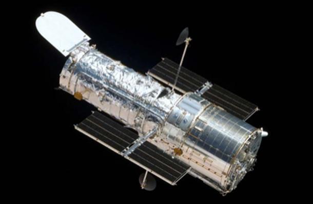 El telescopio espacial Hubble se usó para estudiar el exoplaneta K2-18b, que podría contener vida extraterrestre. (Quibik / Dominio público)