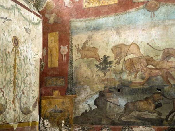 Vibrante escena de caza en el fresco restaurado. (Sitios de Pompeya)