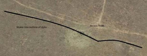 Imagen que muestra el contorno del dique donde se encontraron las tallas. (Dr. Matthew Huber / Universidad del Estado Libre)