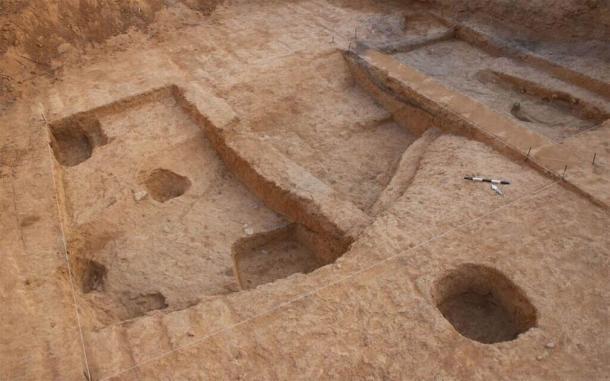 El sitio de excavación de horno de metal avanzado cerca de la ciudad actual de Beersheba, Israel. (Talia Abulafia / Autoridad de Antigüedades de Israel)