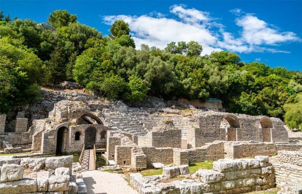 Ruinas de la antigua ciudad de Butrint en Albania (Leonid Andronov / Adobe Stock)