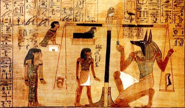 El peso del corazón del difunto contra la pluma de Maat en una balanza del Capítulo 25 (detalle) del Libro Egipcio de los Muertos. (Dominio público)