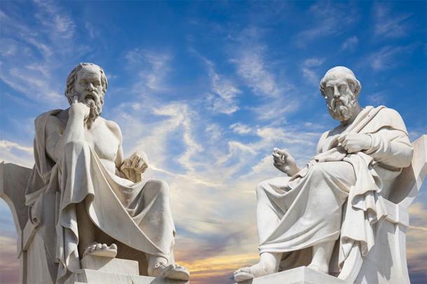 Platón y Sócrates, los grandes filósofos griegos antiguos (anastasios71 / Adobe Stock)