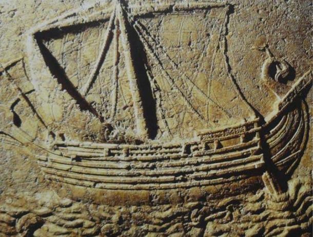 Barco fenicio Tallado en la cara de un sarcófago. 2do siglo AD. (Elie plus / CC BY SA 3.0)