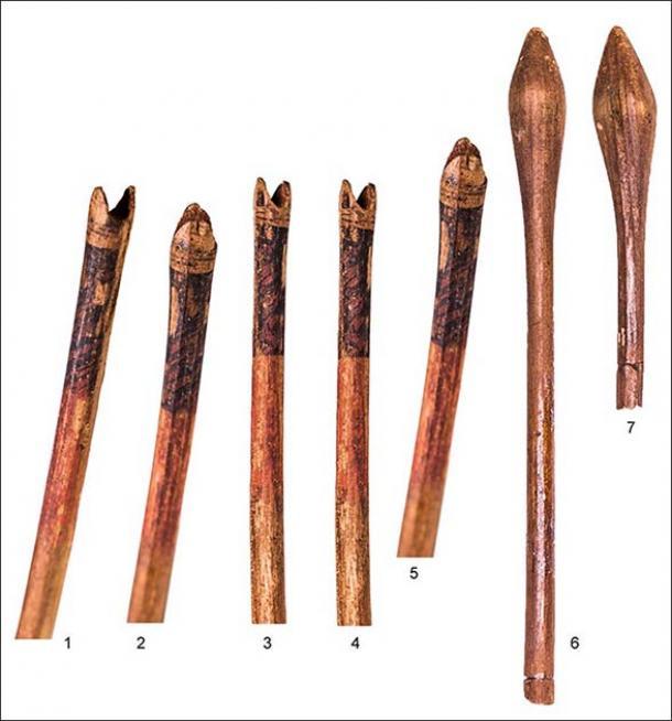 La adolescente amazona tenía una opción de flechas: dos eran de madera, una tenía una punta de hueso y las puntas de flecha del resto eran de bronce. (Imagen: A.Yu. Makeeva)