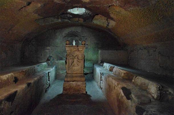 El piso más bajo de Mithraeum en San Clemente en Roma. (CC BY-SA 3.0)