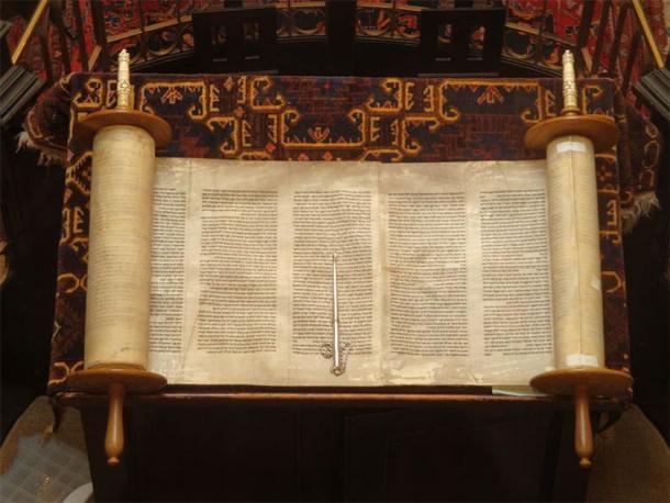 La Torá, el libro sagrado judío. (Lawrie Cate / CC BY 2.0)