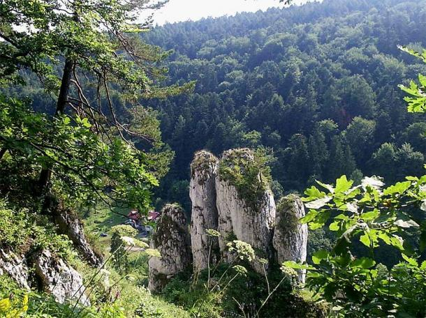 La cueva Tunel Wielki se encuentra dentro del Parque Nacional Ojców. Hay más de 400 cuevas dentro del área que también es conocida por sus formaciones rocosas. (Jan Jerszyński / CC BY-SA 2.5)