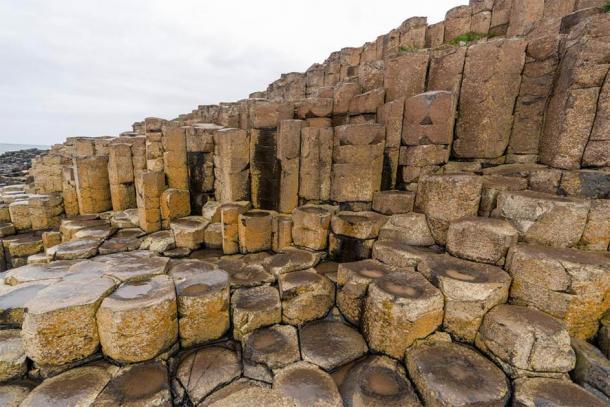 Las columnas de basalto de la Calzada del Gigante. Crédito: Ioannis Syrigos