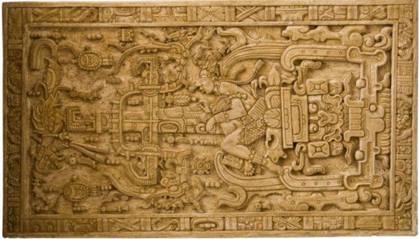 La gran tapa del sarcófago tallada descubierta en el Templo de las Inscripciones se ha interpretado dentro de la pseudoarqueología como una imagen de Pakal operando un vehículo interestelar. Erich von Däniken lo usó como evidencia del contacto extraterrestre con los antiguos mayas en su libro Chariots of the Gods (Asaf Braverman / Flickr)