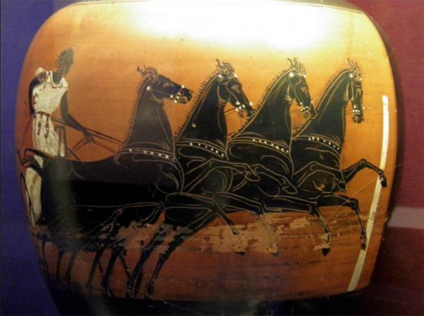 Este jarrón pertenece a un tipo distintivo que se entrega como premio al ganador de la carrera de carros en los juegos antiguos celebrados en Atenas durante el festival anual conocido como Panathenaia. (Carole Raddato / CC BY-SA 2.0)